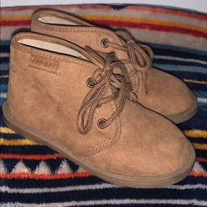 Boys Old Navy shoes